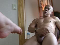 Asia feet spoil prick with footjob