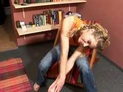 Teen Girl Masterbating Schule
