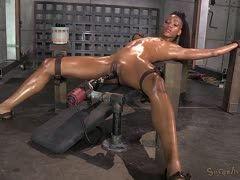 Porno mit fickmaschine